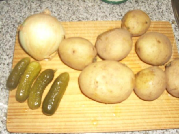 Grüner Kartoffelsalat mit Bratwurst - Rezept - Bild Nr. 2