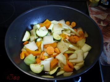 Schnelle Gemüsepfanne mit Hackfleischbällchen - Rezept