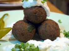 Walnuss-Falafel mit Minz-Dip - Rezept