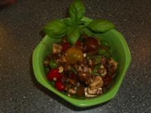 Salat aus dreierlei Tomaten und Feta - Rezept