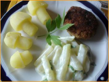 Kräuterbuletten mit Kohlrabigemüse und Kartoffelpilzen - Rezept