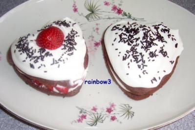 Backen: Erdbeer-Sahne-Törtchen - Rezept