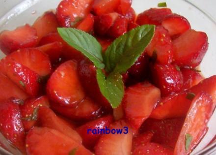 Dessert: Balsamico-Erdbeeren - Rezept