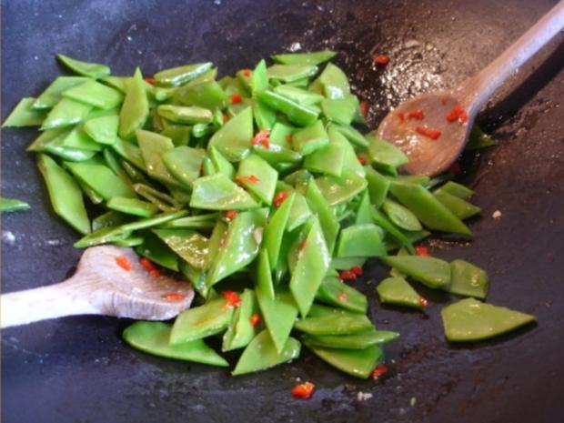 Asiatisches Chili-Hähnchenbrustfilet mit Mie-Nudeln - Rezept - Bild Nr. 8