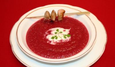 Rote Bete-Power-Suppe mit Sherry-Hähnchenspieß - Rezept