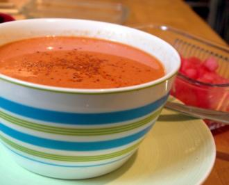 Kalte Melonen-Tomaten-Suppe - Rezept