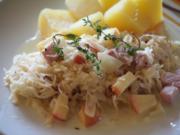 Kasseler mit Apfel-Sauerkraut - Rezept