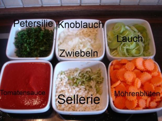 Mett-Gemüse-Sauce mit Nudeln - Rezept - Bild Nr. 5