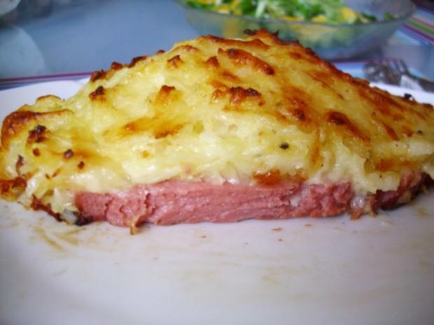 Leberkäse unter Kartoffel - Käsehaube - Rezept