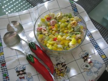 Bunter Tortellinisalat - Rezept