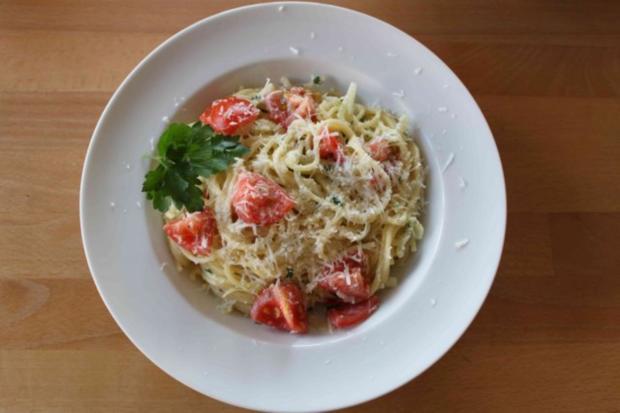 Spaghetti mit Fenchel-Tomaten-Soße - Rezept - Bild Nr. 15