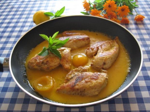 Hähnchenbrust mit Aprikosen - Curry - Soße - Rezept
