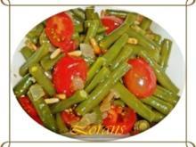 Bohnensalat mit Datteltomaten und Zwiebeln - Rezept