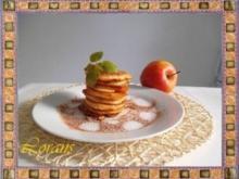 Apfelpfannkuchen mit Zimt und Zucker - Rezept
