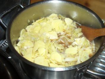 Schnelle Wirsingsuppe - Rezept