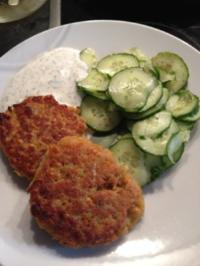 Linsen-Bratlinge mit Gurkensalat - Rezept