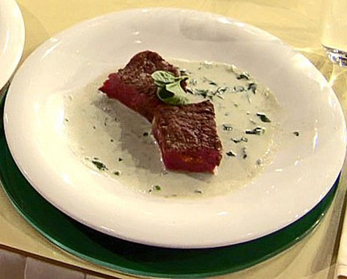 Roastbeef mit Füllung von Grillgemüse und Gorgonzola-Sauce (Ralf Möller) - Rezept Gesendet von Promi Kocharena