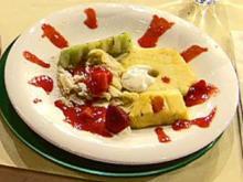 Gegrillter Obstsalat mit Crêpe vom Grill und Erdbeerchutney (Liliana Matthäus) - Rezept