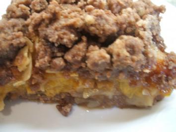Backen: Aprikosenkuchen mit Schokostreusel und einer Überraschung - Rezept