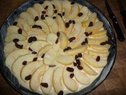 Apfelkuchen mit Krimmele - Rezept