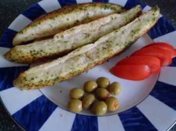 Käse-Knobi-Kräuter-Brot - Rezept