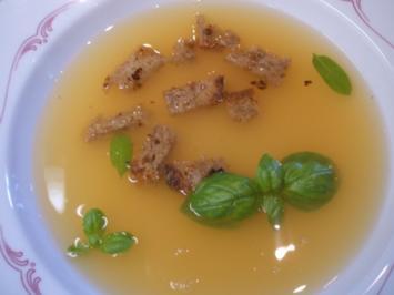 Rezept: Suppen: Klare Tomatensuppe