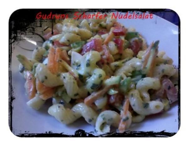 Salat: Scharfer Nudelsalat - Rezept