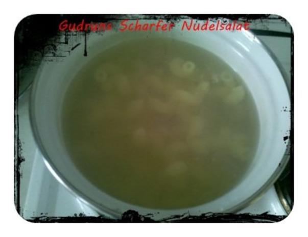 Salat: Scharfer Nudelsalat - Rezept - Bild Nr. 4