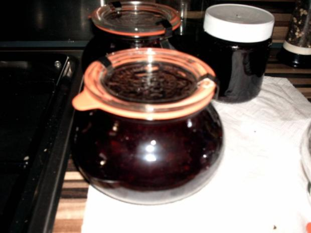 einkochen schwarze Johannisbeeren mit Aprikosen und Champagne - Rezept - Bild Nr. 2