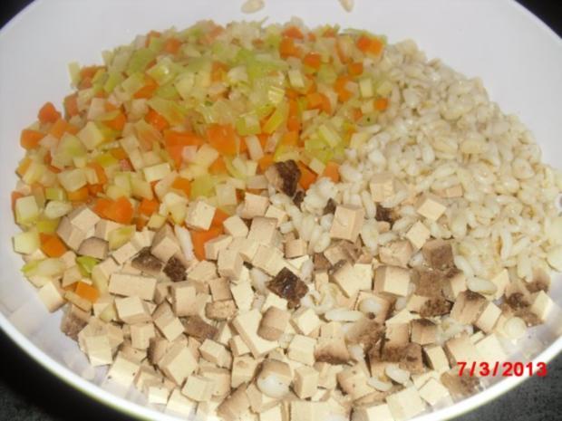 Muffin -- Tofu-Gemüse-Buchweizen mit Chili-Erdnuss-Sosse - Rezept - Bild Nr. 7