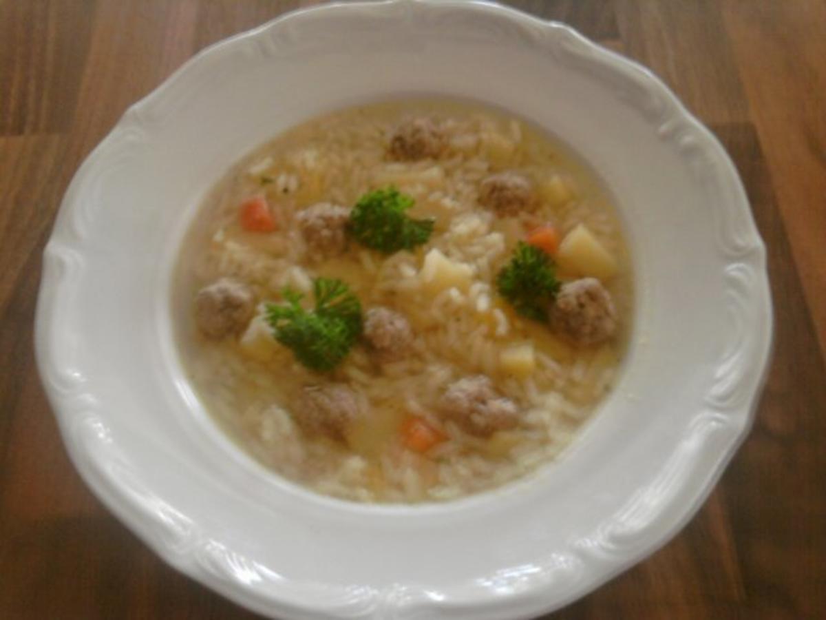 Reissuppe mit Reis und Kartoffeln - Rezept mit Bild