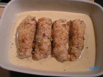 Rezept: Kräuter-Puten-Röllchen in zwiebliger Soße