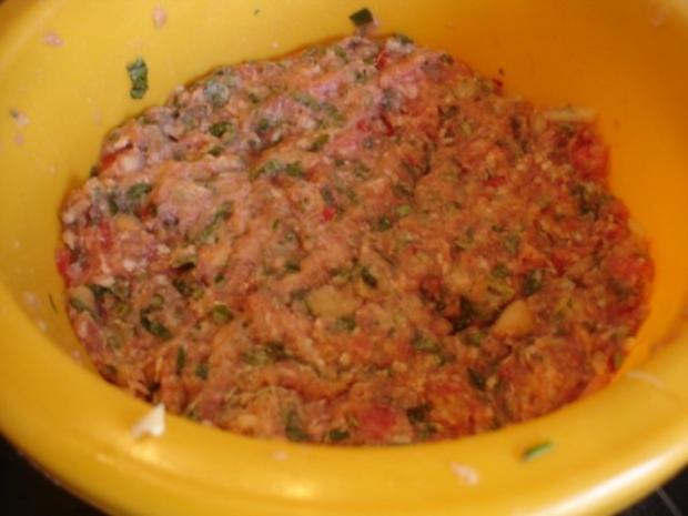Minze-Salbei-Rosmarin-Buletten mit grünen Bohnen und Mais-Kartoffelpüree - Rezept - Bild Nr. 10