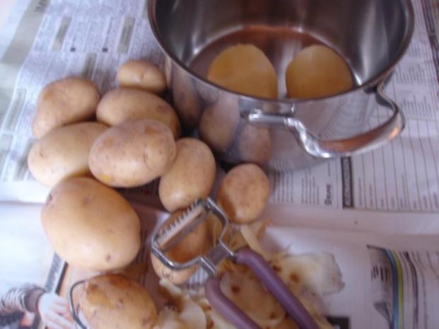 Minze-Salbei-Rosmarin-Buletten mit grünen Bohnen und Mais-Kartoffelpüree - Rezept - Bild Nr. 22