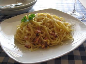 spaghetti carbonara ohne sahne kalorien rezepte. Black Bedroom Furniture Sets. Home Design Ideas