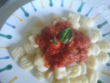 Gnocchi mit Tomatensauce - Rezept