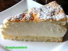 Biskuit:   KÄSE - SAHNE - TORTE - Rezept