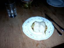 Pikante Franzbrötchen mit Pesto und getrockneten Tomaten - Rezept