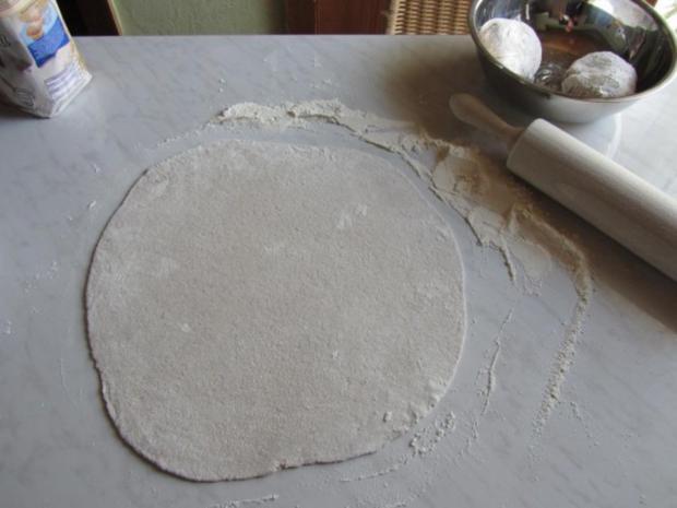 Flammkuchen selbst gemacht.--Im eigenen Pizza -ofen... - Rezept - Bild Nr. 19
