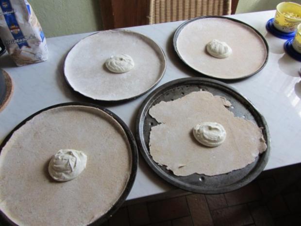 Flammkuchen selbst gemacht.--Im eigenen Pizza -ofen... - Rezept - Bild Nr. 23