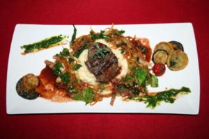 Charolais Filet, French Wirsing-Mix und Macadamia-Püree - Rezept