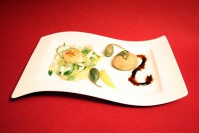 Jakobsmuscheln mit gebratenem Salat und Salzzitronen - Rezept