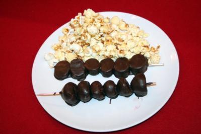 Zuckerwatte, Popcorn, Schokofrüchte - Rezept