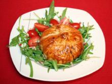 Blätterteigtaschen mit Feta, Tunfisch, Rucola & Tomaten - Rezept