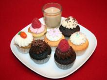 Bunte Auswahl von Cupcakes - Rezept