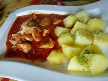 Hähnchenbrustfilet im Chili-Tomatensud - Rezept