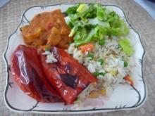 Fleischlos : Paprika mit Gemüsereis gefüllt aus dem Backofen.... - Rezept