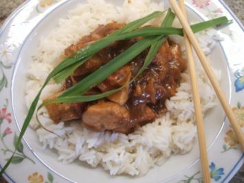 Geflügel: Hähnchenbrust in fruchtig-feuriger Pflaumensoße - Rezept