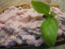 Frischkäse: Salat und Johannisbeergelee - Rezept