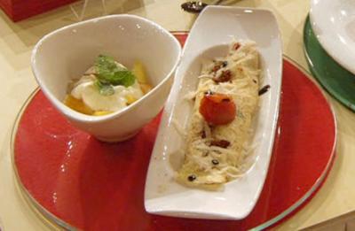 Resteessen salzig/süss : Obstsalat und Tomaten-Schinkencrêpe (Team Frisch) - Rezept